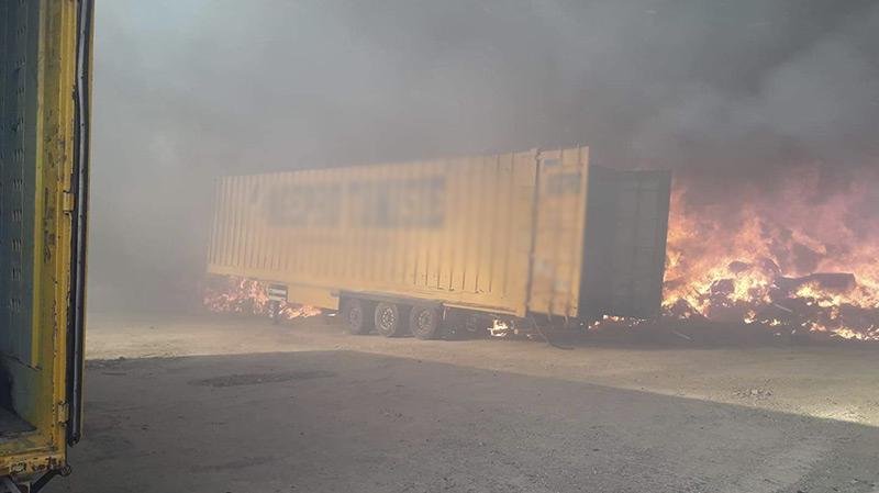 حريق بمصنع الفريب: الحماية تتمكن من تطويق النيران