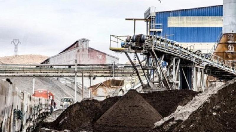 شركة فسفاط قفصة تستأنف إمداد مصنّعي الاسمدة في قابس والصخيرة بالفسفاط