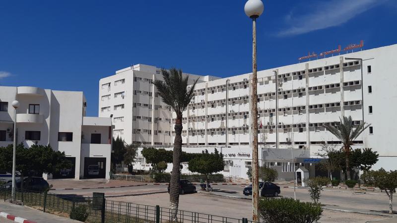 قابس: أعوان قسم القلب بالمستشفى الجهوي في الحجر الصحٌي