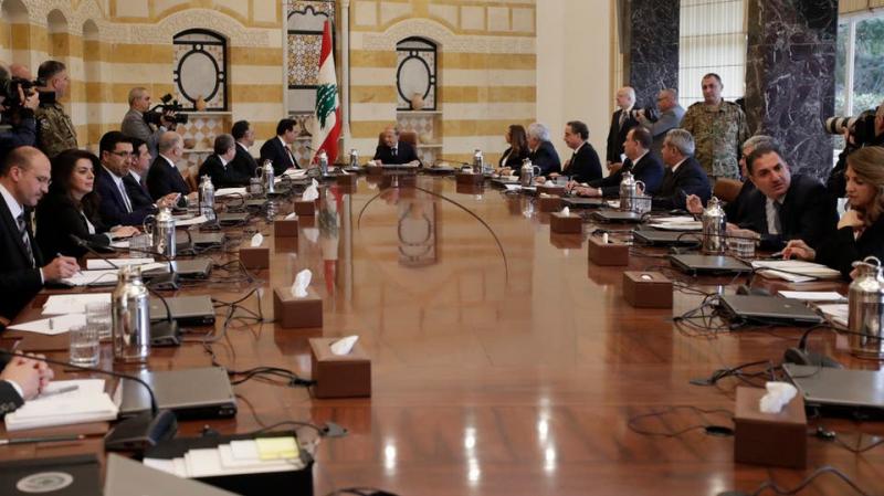 لبنان: استقالة منتظرة لحكومة حسان دياب