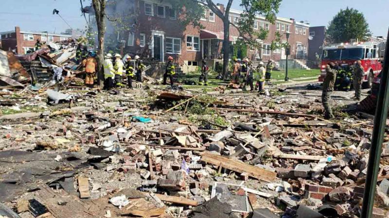 انفجار قوي في مدينة أمريكية يسوي المنازل أرضا
