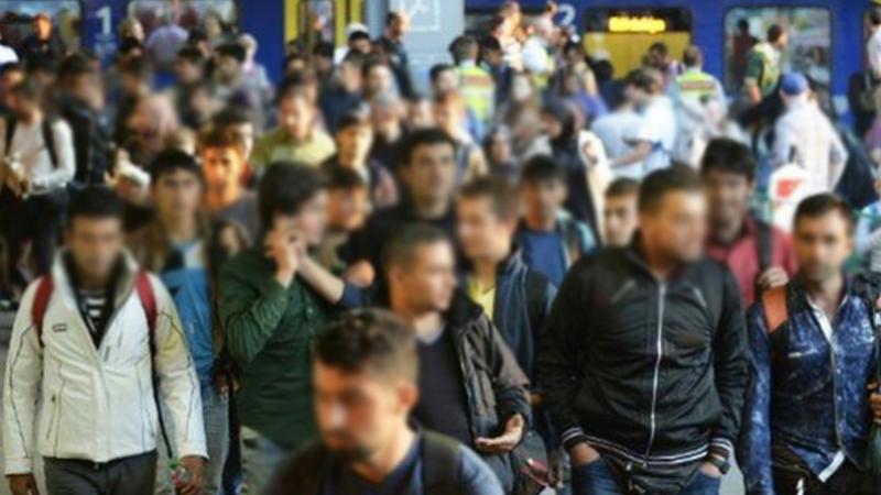 عائلات مهاجرين تحتج أمام سفارة إيطاليا