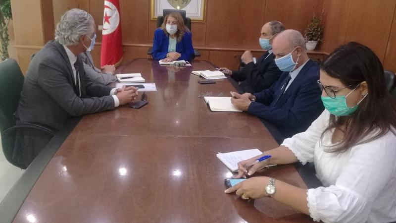 وزيرة الصناعةتتابع وضعيةالشركة التونسيةالبريطانية للنفط والغاز
