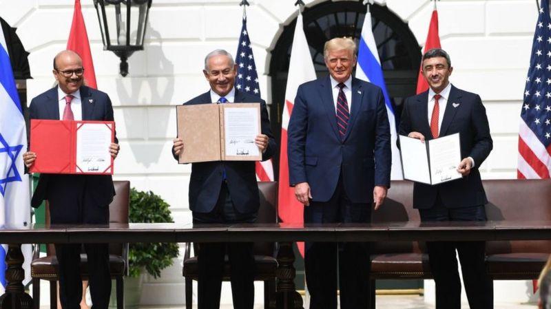 برعاية ترامب: الإمارات والبحرين توقعان اتفاقي تطبيع مع الكيان الصهيوني