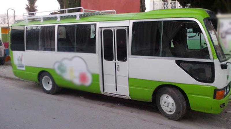 ثبُتت إصابته بكورونا: سائقحافلة مدرسيّة يباشر عملهبصفة عاديّة