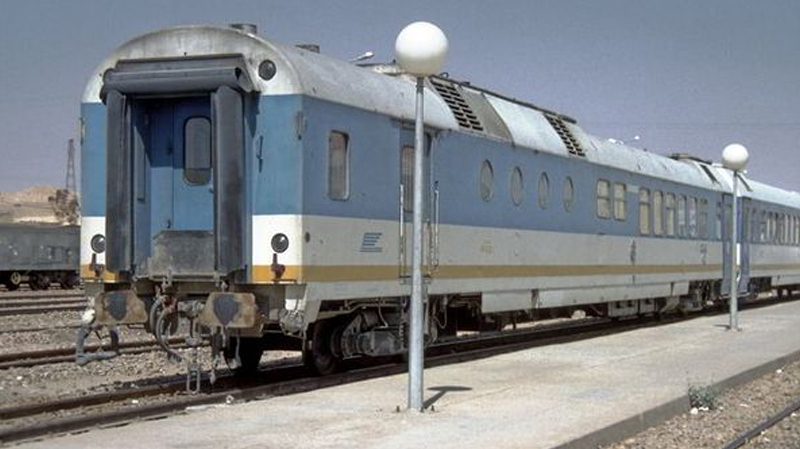 عمال السكك الحديدية يوقفون سفرات القطار في باجة