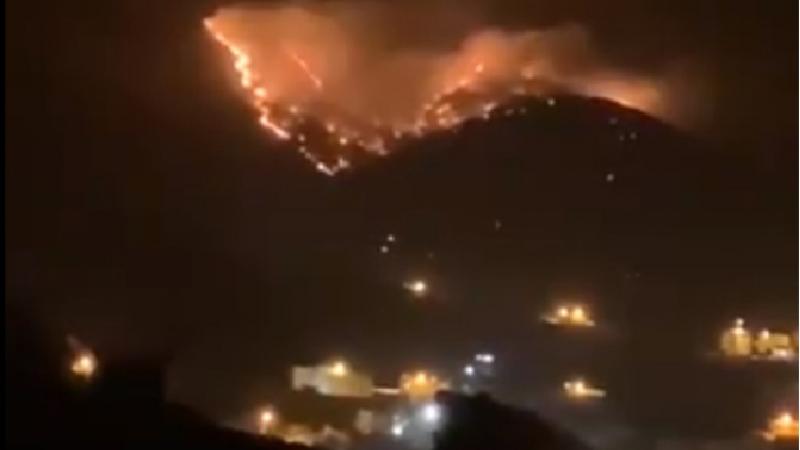 حريق ضخم في جبل عمد بمكّة