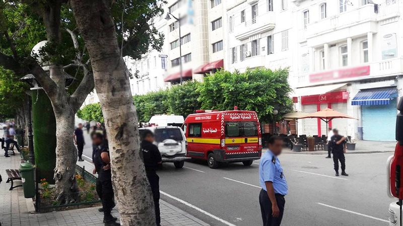شاب يضرم النار في جسده بشارع الحبيب بورقيبة