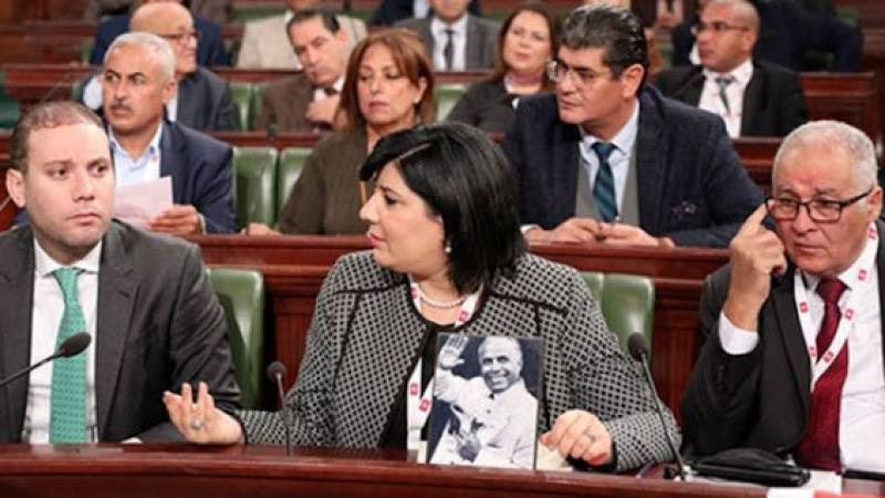 مكتب البرلمان يستنكر ''مغالطات'' الدستوري الحرّ