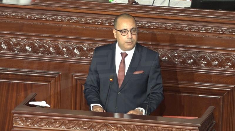 رئيس الحكومة: لم يعد مسموحا بعد اليوم توقف إنتاج الفسفاط والنفط