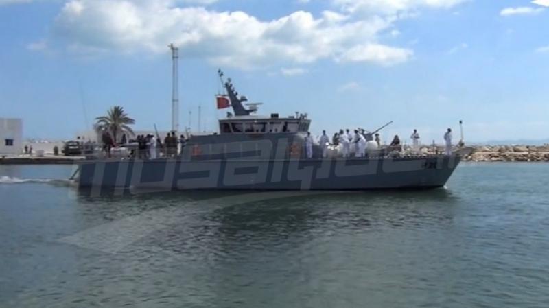 جربة: جيش البحر يحبط عملية هجرة غير نظامية ويلقي القبض على 17 شخصا