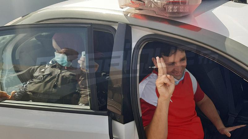في سيارة حرس المرور: الوكيل رامي الإمام يعود إلى منزله