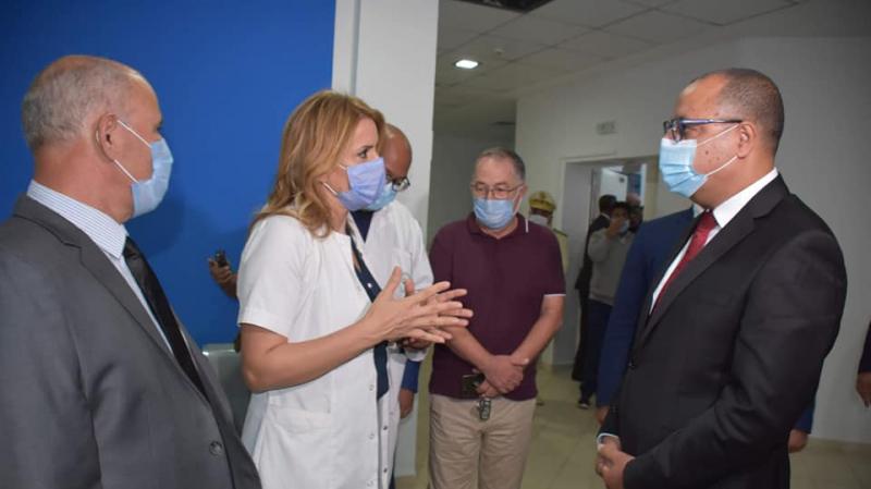 المنستير:المشيشي في زيارة غير معلنة لقسم الإنعاش بمستشفى فطومة بورقيبة