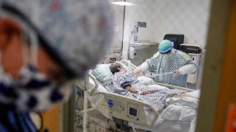 وفيات كورونا في العالم تتخطّى المليون