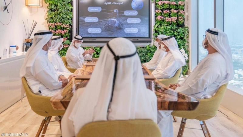 الإمارات تطلق مشروعا فضائيا لإستكشاف القمر..