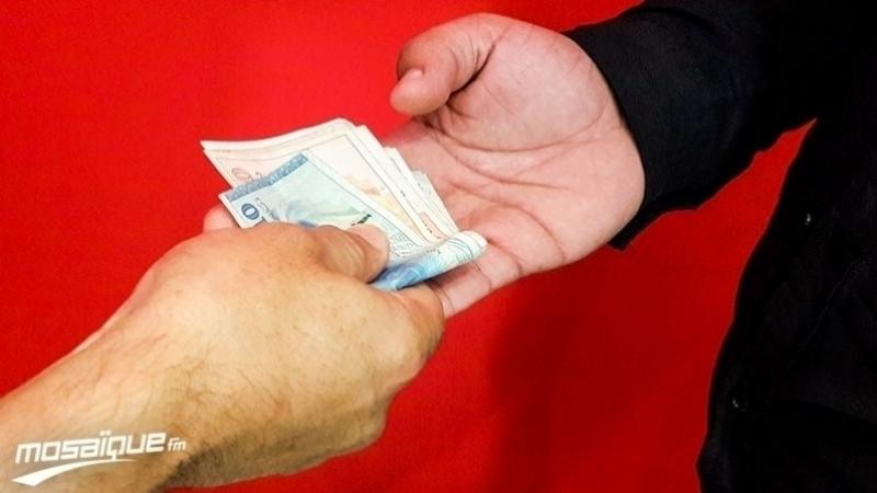 دراسة: المواطن التونسي يساهم في الفساد ويقدم الرشاوي للشرطة..