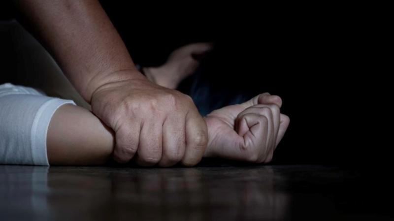 سوسة: رافقته إلى المنزل فحاول اغتصابها وهددها بـ''موس''