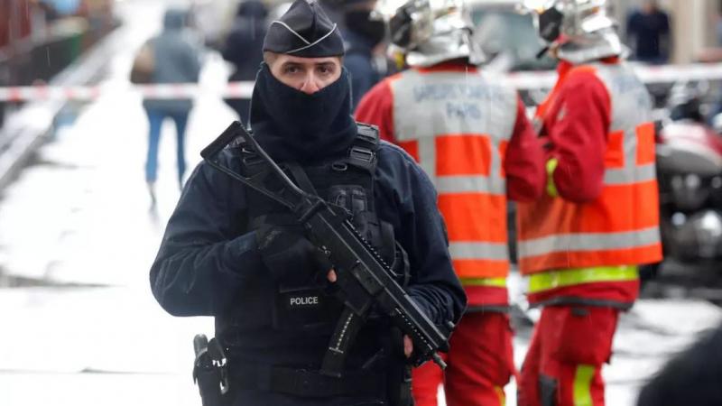 قطع رأس رجل قرب باريس