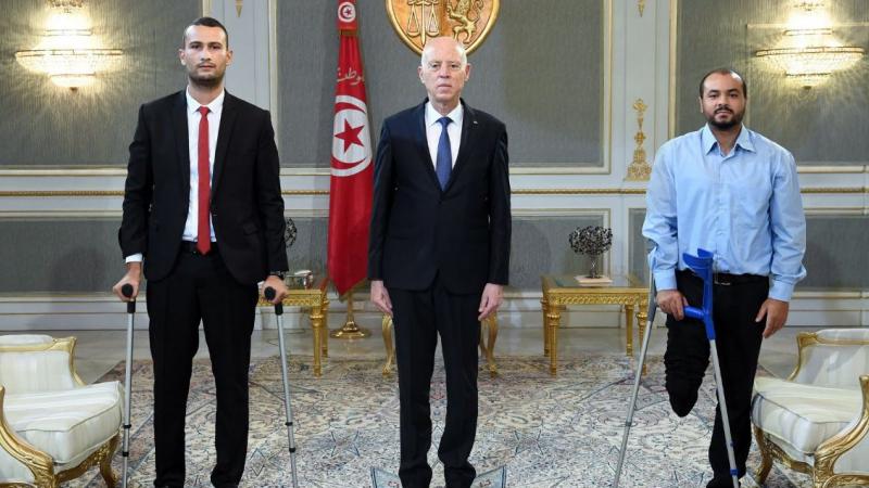 رئيس الجمهورية: ملف شهداء الثورة وجرحاها في صدارة أولوياتي
