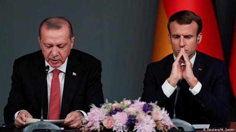 'دفاعا عن الإسلام': أردوغان يهاجم ماكرون وينصحهبالعلاج العقلي