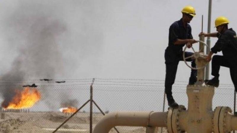 النقابات الأساسية للشركات البترولية تندد بطرد 25 عاملا