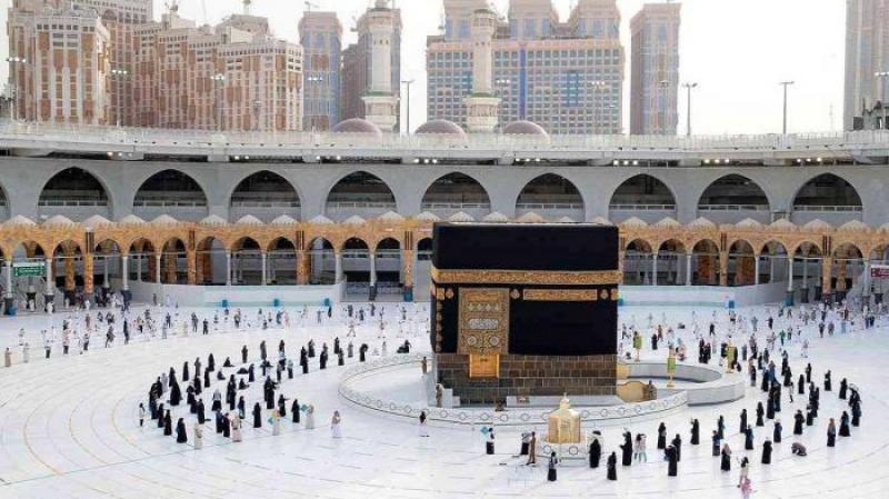 بعد توقّف 8 أشهر: السعودية تحدد ضوابط أداء العمرة