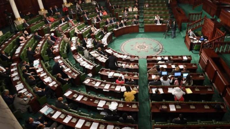مكتب استثنائي للحسم في طعنَيْ كتلتيْ الديمقراطية والدستوري الحر