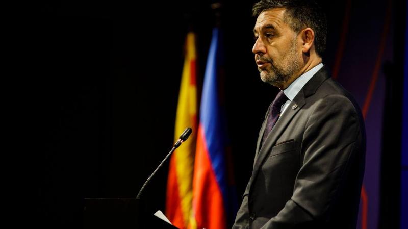رئيس برشلونة يستقيل