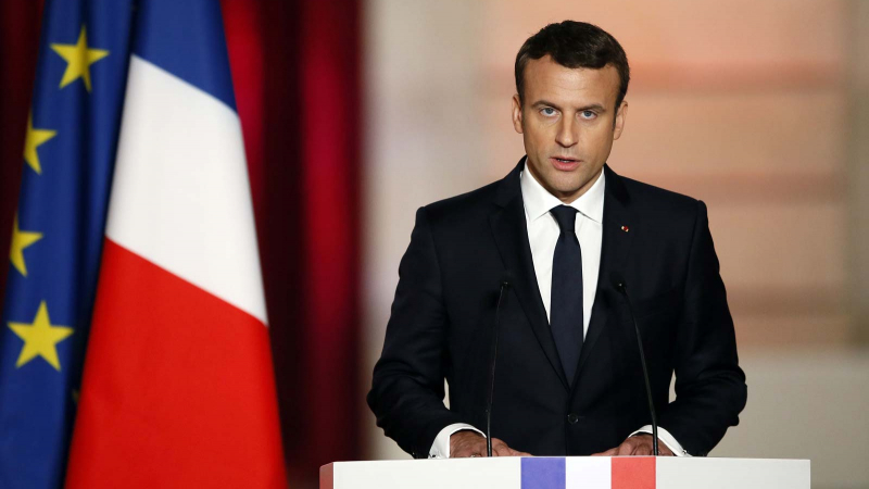 فرنسا: ماكرون يحذر من 400 ألف وفاة إضافية بكورونا في حال عدم التحرك