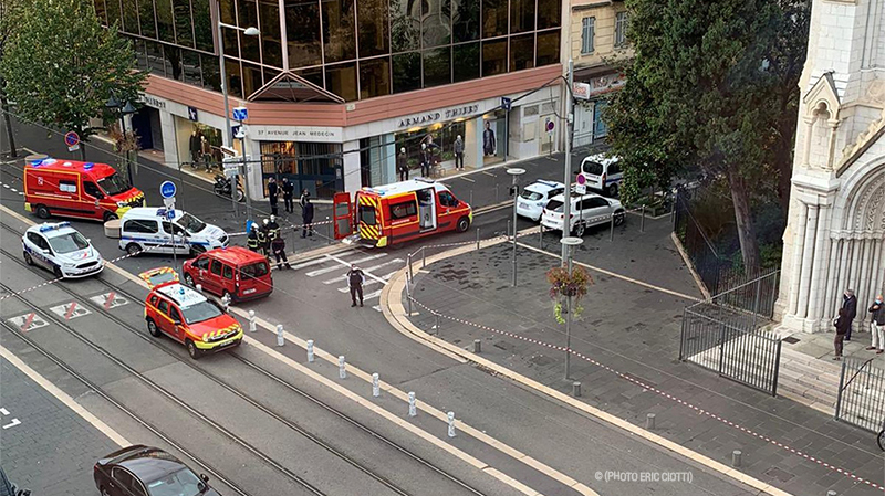 فرنسا: مقتل شخص وإصابة آخر في هجوم بسكين قرب كنيسة في نيس