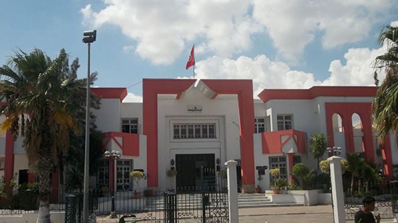 أعضاء المجلس البلدي بالمروج يهدّدون بالاستقالة بعد كشف شبهات فساد
