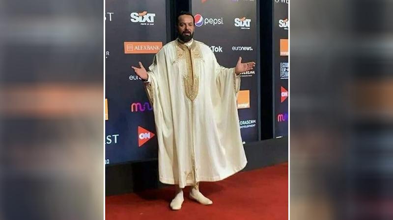 محمد علي بن جمعة بالجبة التونسية في اختتام مهرجان الجونة
