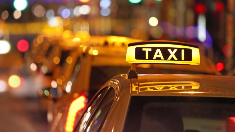 منوبة: إيقاف سائق تاكسي رفضه نقل حريف..