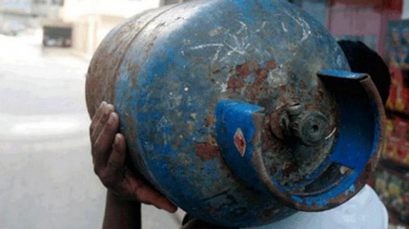 استعمال قوارير الغاز كوقود للسيارات ممنوع منعاباتّا