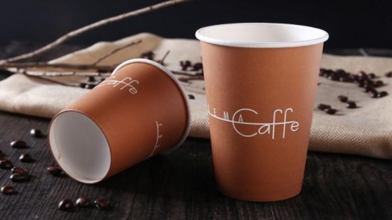 احذروا شرب الشاي أو القهوة في أكواب ورقية !