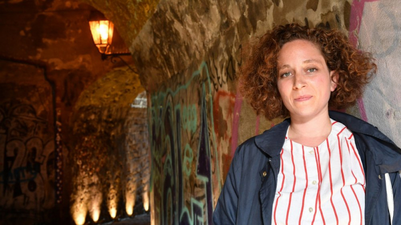 الفنانة التونسية سونيا قاسم تفوز بجائزة زيورخ للفنون