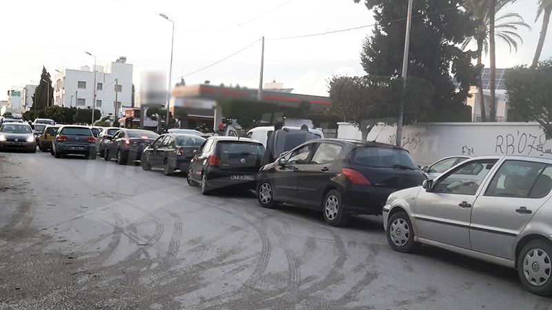 صفاقس: طوابير من السيارات وحالة احتقان في محطات الوقود