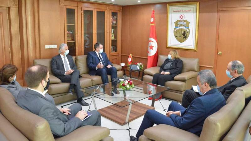 شركة ''ATOG'' تعرب عن رغبتها في تطوير استثماراتها في تونس