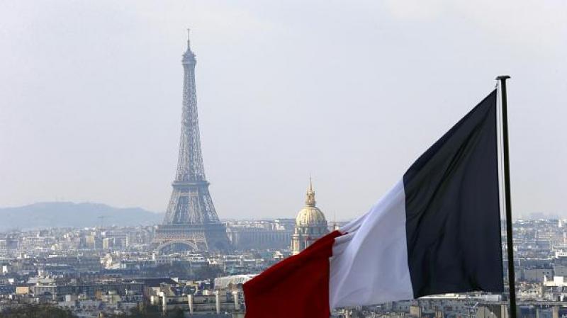 فرنسا: ماكرون يعلن تخفيف إجراءات العزل العام