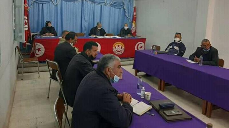 الإتحاد الجهوي للشغل بقفصة يرفض قرارات المجلس الوزاري 