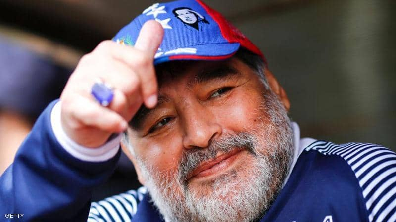 محامي ''مارادونا'' يُطالب بفتح تحقيق في وفاته