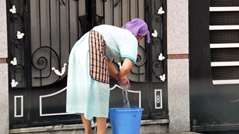 دراسة: 80 بالمائة من العاملات المنزليات لا يحظين بتأمين على المرض