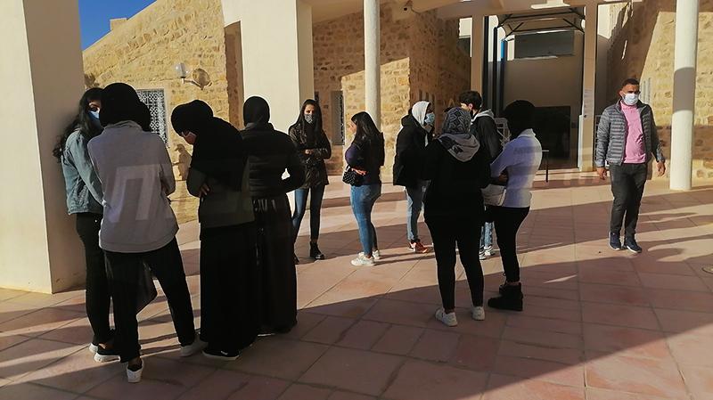 تطاوين : طلبة الحي الجامعي يقاطعون الدروس والفروض بسبب كورونا