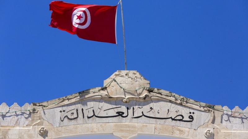 بسبب تعطّل المحاكم: محامون يستعينون بعدول تنفيذ لإثبات القوة القاهرة