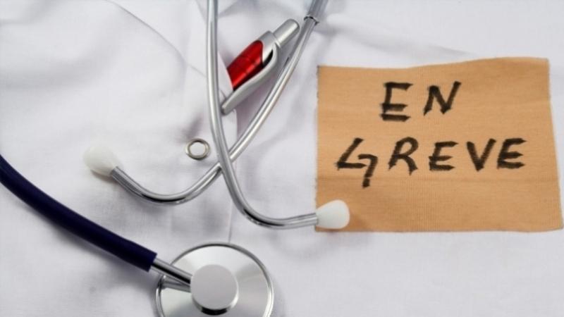 الأطباء الشبان في إضراب عام وطني