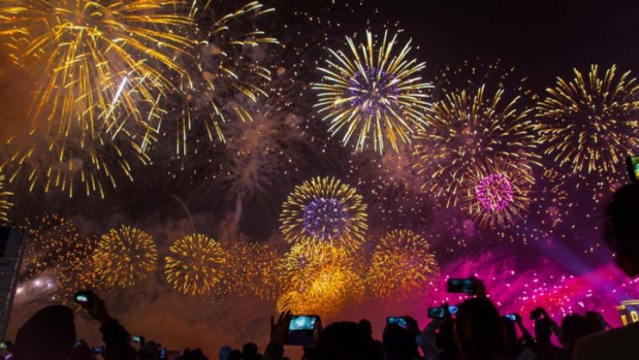 وزارة السياحة تدعو إلى الإلتزام بقرار منع الإحتفالات برأس السنة
