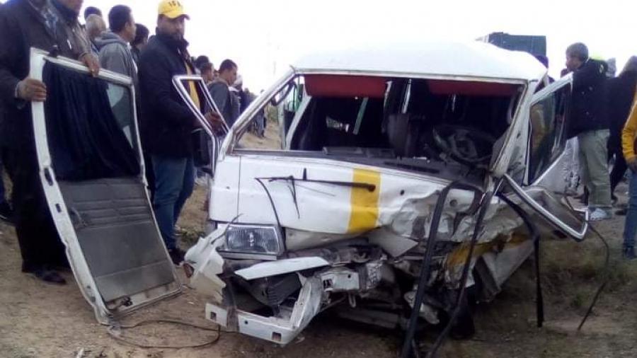 بوحجلة: وفاة شخص وثلاثة جرحى في حادث مرور نقل الريفي وشاحنة
