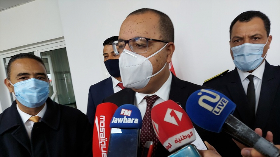 المشيشي يعلق على قرار منع جولان السيارات بداية من السابعة مساء