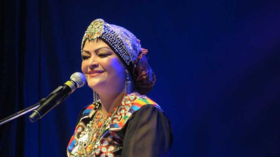 وفاة الفنانة الجزائرية نعيمة عبابسة
