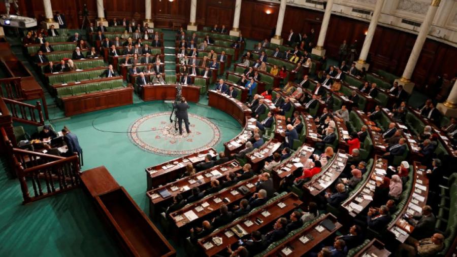لجنة الأمن والدفاع تستشير رئاسة الحكومة لإحداث بلديتين